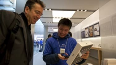 """Apple store employees are trained not to use negative language, using phrases like """"as it turns out"""" in lieu of """"unfortunately,"""" according to a Wall Street Journal report."""