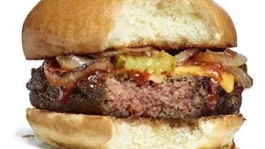 The key to the perfect veggie burger may be synthetic blood