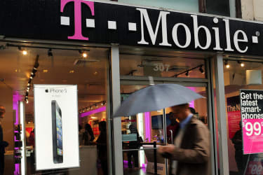 FTC alleges T-Mobile charged hundreds of millions in bogus fees