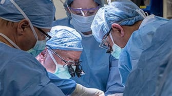 Surgeons performing the first uterus transplant in the U.S.