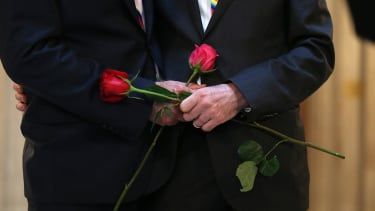 Judge puts same-sex marriages in Wisconsin on hold