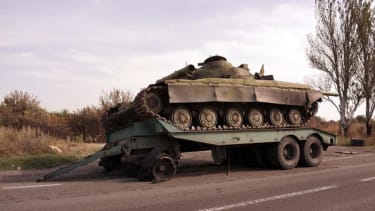 Ukraine government, pro-Russian separatists agree to new cease-fire