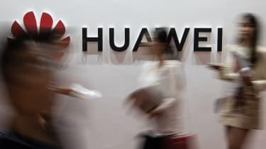 U.S. extends a reprieve for Huawei