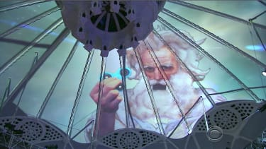 """God"" explains why fidget spinners are fine for explaining the Holy Trinity"