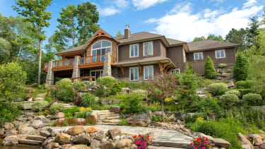 If you're thinking of moving, check out these beautiful homes in Canada.