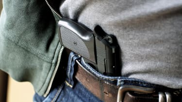 Concealed carry applications up, crime down in Chicago