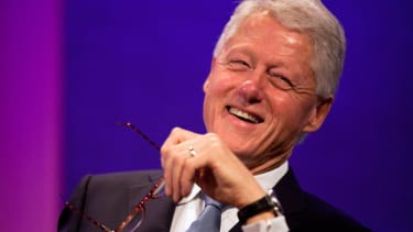 Bill Clinton gave the perfect response to people claiming Hillary has brain damage