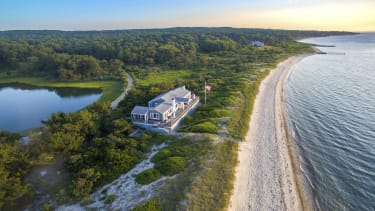A beautiful home for sale in Marthas Vineyard.