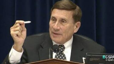 Republican Rep. John Mica rolls into pot hearing with fake joint