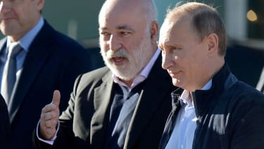 Viktor Vekselberg and Vladimir Putin