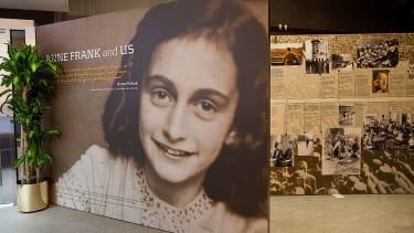 The Anne Frank Center attacks Trump's anti-semitism statement.