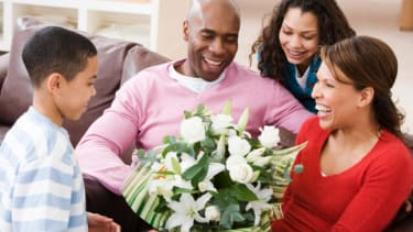 Poll: Spending time with mom is the best Mother's Day gift