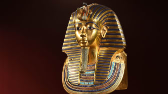 King Tutenkahmun's death mask.