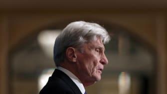 Former Republican senator from Virginia John Warner.