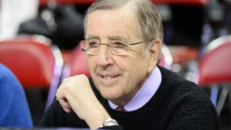 Brent Musburger on young female fans: 'I am pleased with this selection. Oh yeah.'