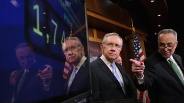 The Senate passed its bipartisan unemployment benefits bill, sending it to a wary House