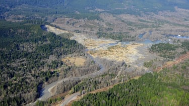 More than 100 people still unaccounted for after deadly Washington mudslide