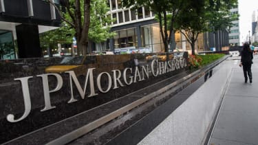 Report: Besides JPMorgan, hackers attacked at least nine other financial firms