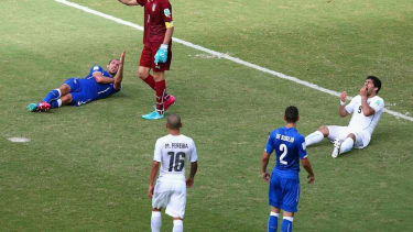 Did Luis Suarez bite another opponent?