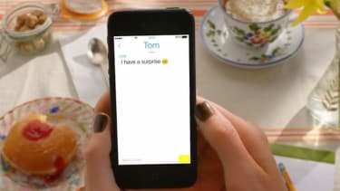 Snapchat rolls out new messaging, video call features