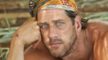 John Rocker voted off Survivor, threatens to punch out woman's teeth