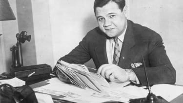 Babe Ruth's 1918 contract for $5,000 sells for $1.02 million