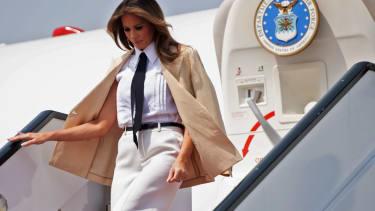 Melania Trump flying
