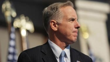 Former Democratic National Committee head Howard Dean says if a government shut down happens it could benefit Obama's re-election chances, as it did Bill Clinton back in 1996.