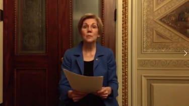 Sen. Warren reads a letter from Coretta Scott King off the Senate floor