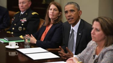 Ebola: Obama will increase airport screenings, won't ban West Africa flights