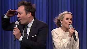 Jimmy Fallon and Kristen Bell sing Disney classics