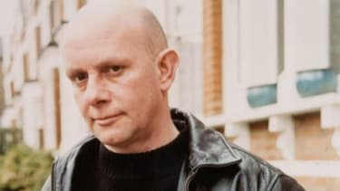 Nick Hornby is a British novelist, essayist, and screenwriter best known for his novels High Fidelity, About A Boy, and Fever Pitch.