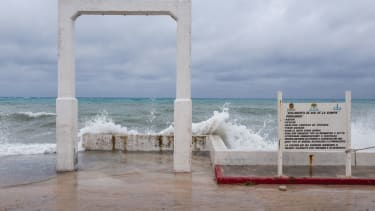 Waves at the Cozumel pier.