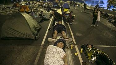 Hong Kong leader warns protesters to vacate tent city