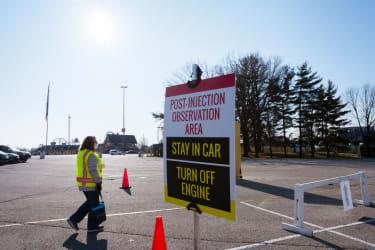 Kentucky opens mass vaccination site