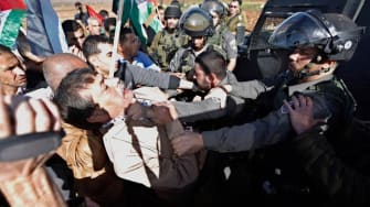 Palestinian minister dies after skirmish with Israeli police
