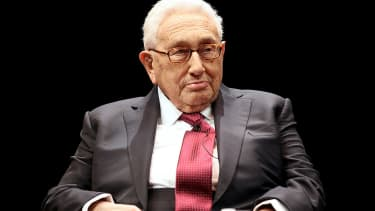 Henry Kissinger is trying to be nice to Jared Kushner, but man, is it hard.