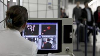 First U.S. airport begins enhanced Ebola entry screenings