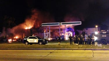 Violent protests in Milwaukee after fatal police shooting