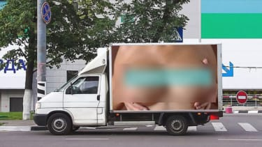 Russian billboard featuring bare breasts causes 500 accidents in one day