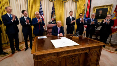 President Donald Trump leads a meeting with leaders of Israel and UAE announcing a peace agreement to establish diplomatic ties with Israel and the UAE, in the Oval Office of the White House