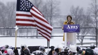 Amy Klobuchar announces her run for president