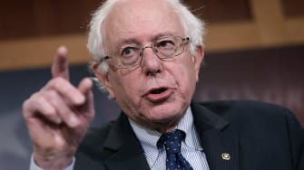 Income inequality statistic that Sanders assersts is misleading.