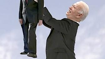 Biden holds up Jimmy Carter