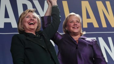 The Clintons' midterm travel expenses topped $1.5 million