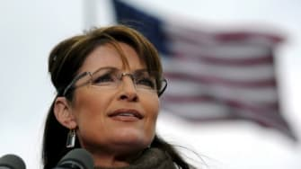 A former aide reveals Sarah Palin's distrust of Republican insiders like Newt Gingrich as well as any media outlet that is not Fox.