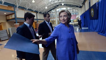 Hillary Clinton is dominating Bernie Sanders, but makes most Americans nervous