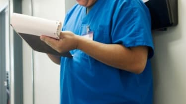 In an effort to promote healthy living, a medical center in Texas has vowed not to hire employees who have a body mass index over 35.
