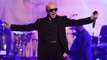 Pitbull will serenade the Obamas for the Fourth of July