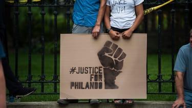 A sign protesting the killing of Philando Castile.